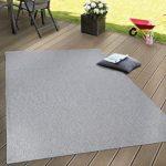 Flachgewebter Teppich